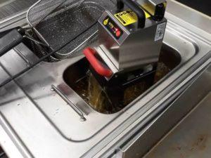 Sistem filtrare, regenerare si refolosire ulei alimentar VITO Oil